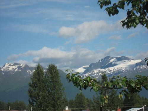 House On The Rock B&b - Valdez, AK 99686