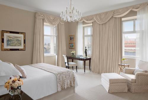 Four Seasons Hotel Prague - 10 of 81