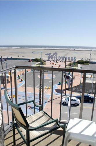 Newport Beach Resort Hotel Wildwood