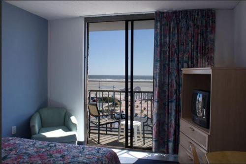 Newport Beach Resort Photo