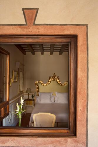 Habitación Individual Básica Hotel Casa 1800 Granada 5