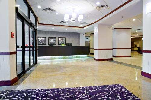 Radisson Hotel Toronto East photo 5