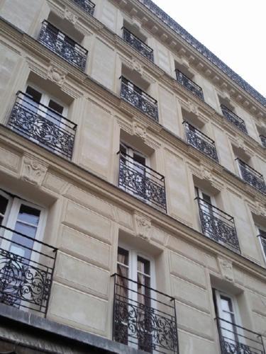 Le Montclair Montmartre by Hiphophostels photo 8