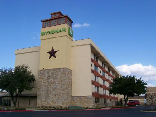 Wyndham Garden Hotel Austin photo 3