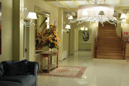 Hotel Galo Vermelho Photo