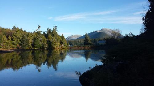 Liahona Guest House - Ucluelet, BC V0R 3A0