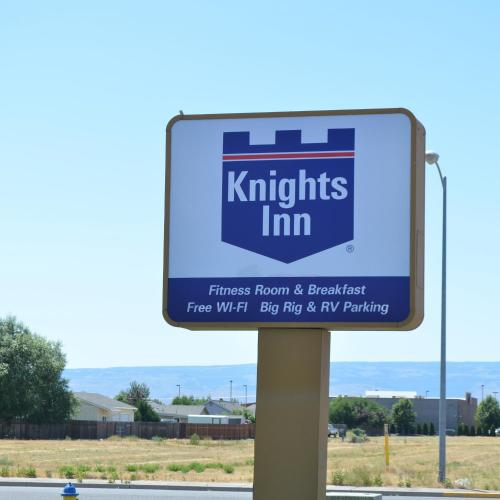 Knights Inn Photo