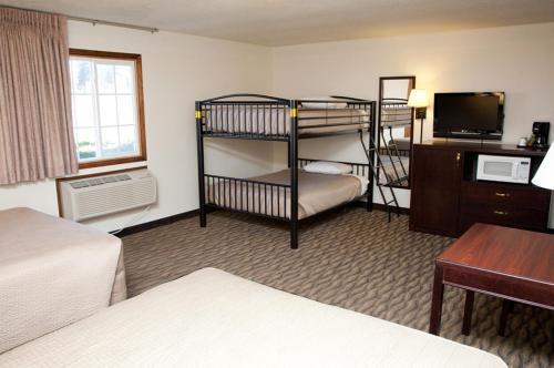 Americas Best Value Inn And Suites Atlantic - Atlantic, IA 50022