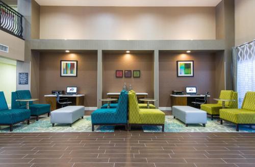 Hampton Inn & Suites Fort Myers Beach/Sanibel Gateway in Fort Myers Beach