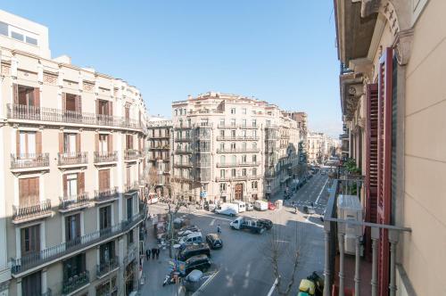 BizFlats Eixample Apartments photo 2