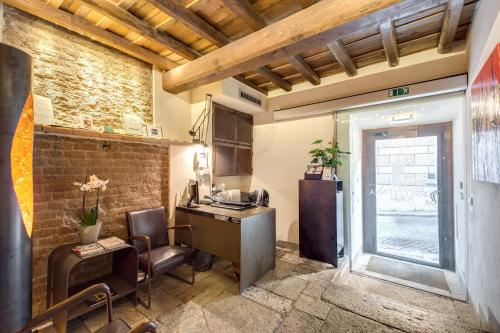 Residenza Torre Colonna - 12 of 36