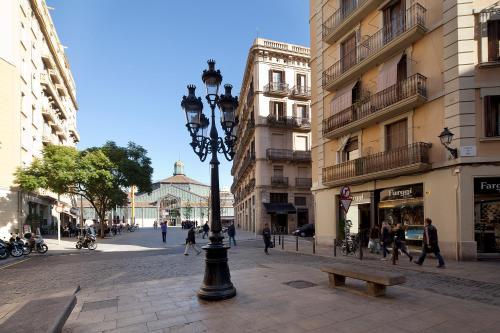 Inside Barcelona Apartments Esparteria photo 7
