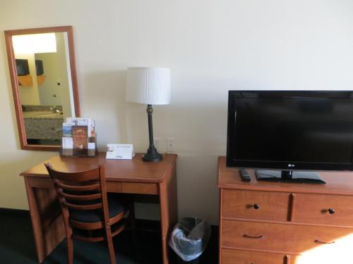 Travelodge Missouri Valley Photo