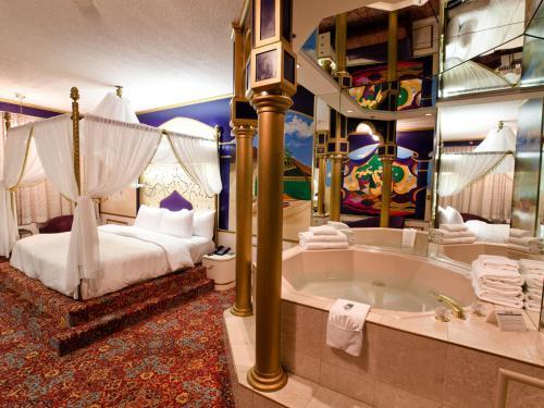 Fantasyland Hotel Photo