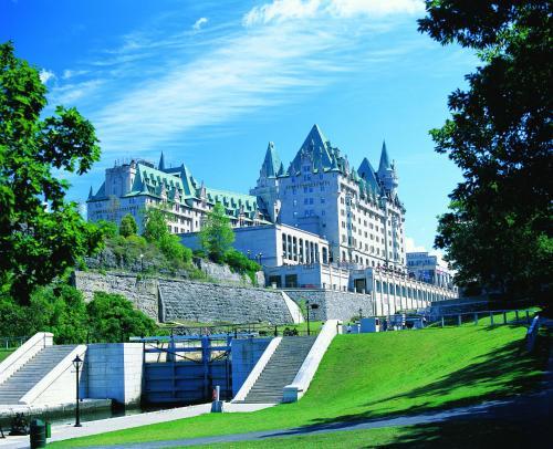 Fairmont Chateau Laurier - Ottawa, ON K1N 8S7