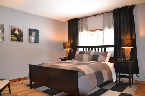 The Pines Bed & Breakfast - Revelstoke, BC V0E 2S1