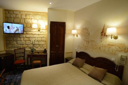 Familia Hotel photo 23