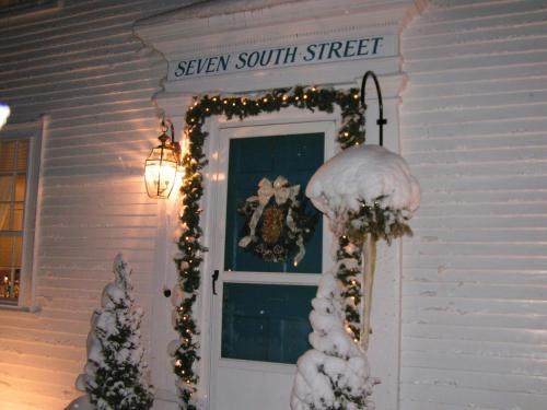 Seven South Street Inn B & B Photo