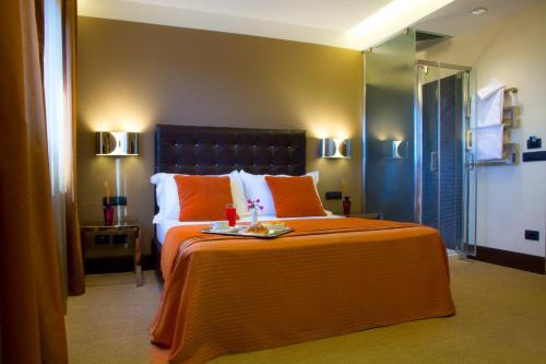 A marcella royal albergo roma italia for Costo per aggiungere garage e stanza bonus