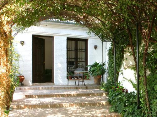 Calle Aire Alta, 12, 18009 Granada, Spain.