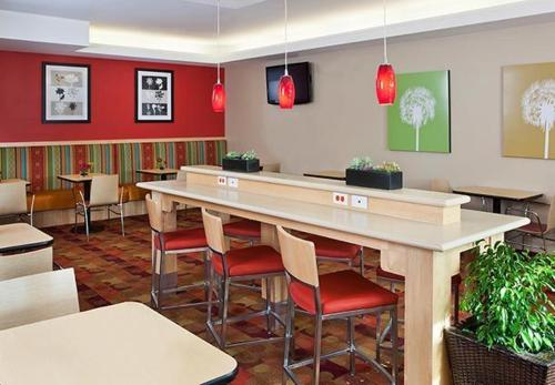 Towneplace Suites By Marriott Dodge City - Dodge City, KS 67801