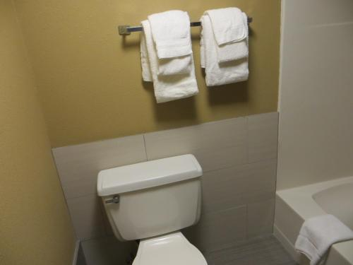 Quality Inn River Falls Photo