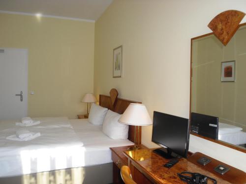 Hotel Amadeus Central photo 35