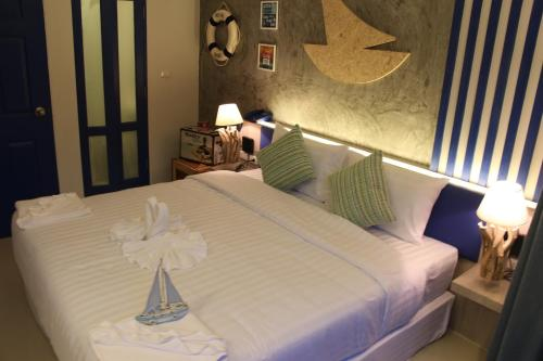 The Blue Pearl Kata Hotel By The Beach Group