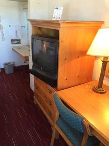 Rodeway Inn Cheyenne Photo