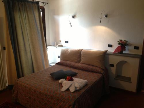 Bagno santo hotel hotelroomsearch