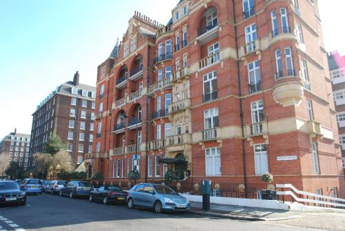 The London Agent Hurlingham Mansion Flat Sw6