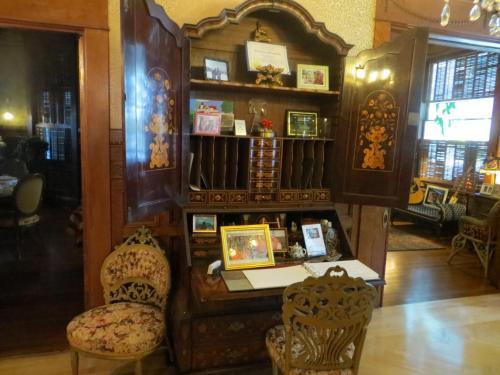 Amsterdam's Curry Mansion Inn - Key West, FL 33040