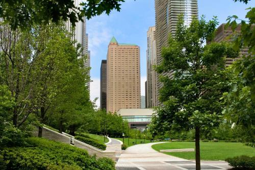 Fairmont Chicago Millennium Park Photo