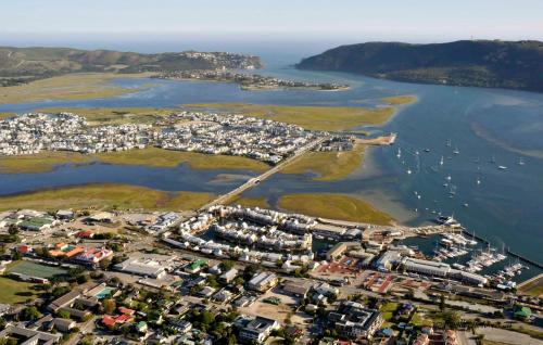 Protea Hotel by Marriott Knysna Quays Photo