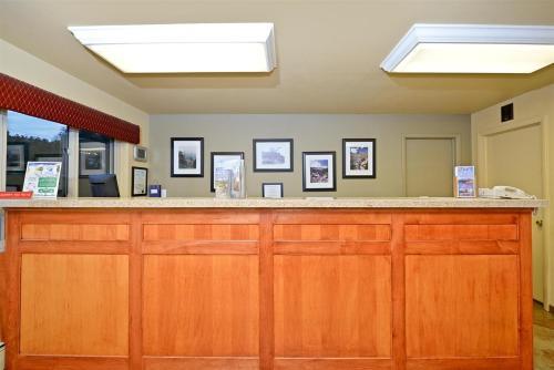 Americas Best Value Inn Villa Motel - Manitou Springs, CO 80829