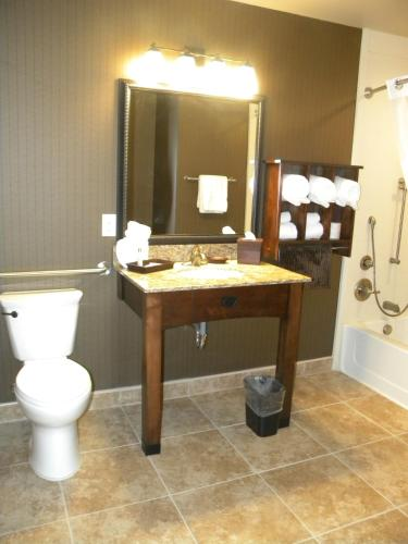 Teddy's Residential Suites Watford City - Watford City, ND 58854