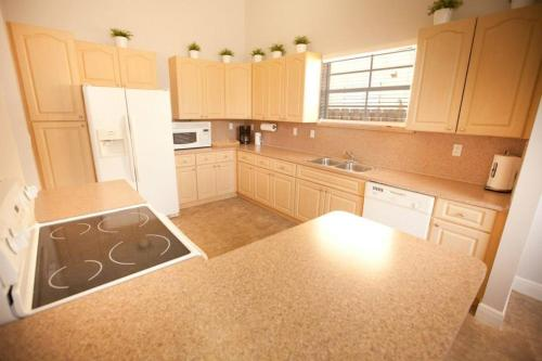 Aventura Home By Flatsaway - Aventura, FL 33179