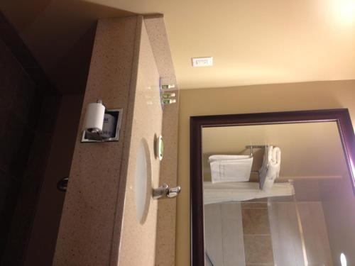 Quality Inn & Suites Hawkesbury Photo