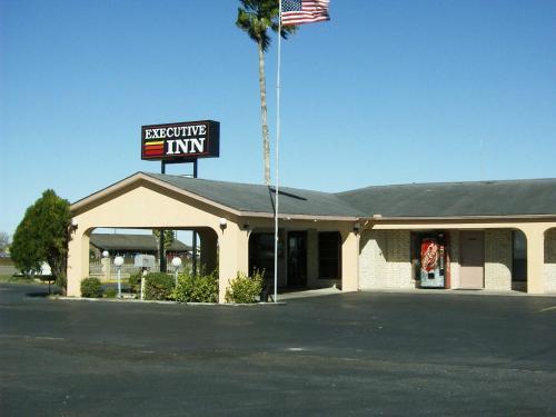 Executive Inn Robstown - Robstown, TX 78380