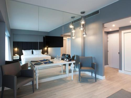 Lutecia Smart Design Hotel photo 4