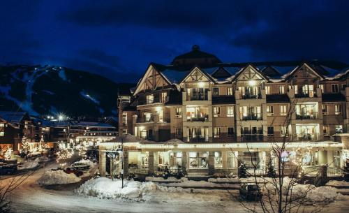 Summit Lodge & Spa - Whistler, BC V0N 1B4