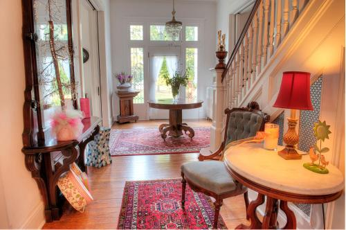 The Jackie O' House Bed And Breakfast - Columbus, MS 39701