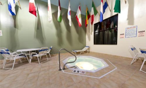Radisson Hotel & Conference Center Rockford Photo