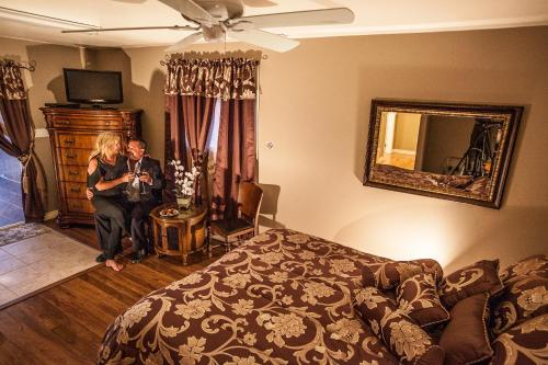 Guesthouse Getaway! Adults Only - Windsor, ON N0R 1J0