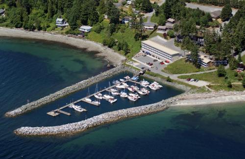Beach Gardens Resort And Marina - Powell River, BC V8A 1C5