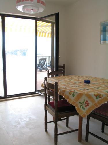 Apartments Zure