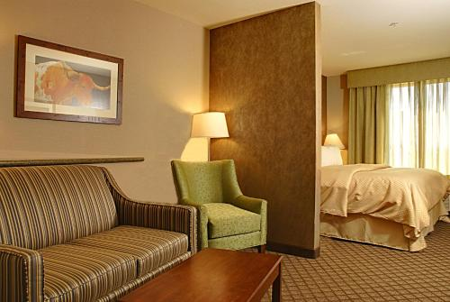 Comfort Suites Fernley Photo