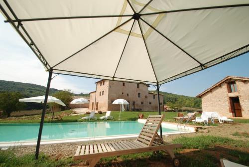 A-HOTEL.com - Soggiorno Taverna, soggiorno in fattoria, Sovicille ...