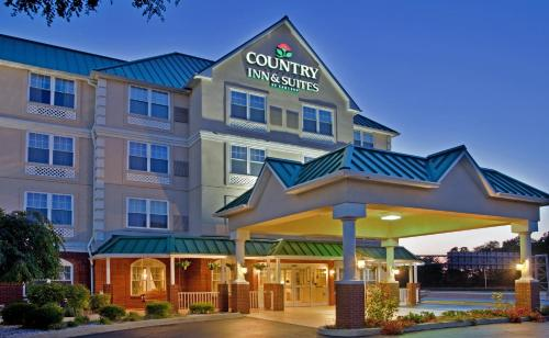 Country Inn & Suites by Radisson, Louisville East, KY Photo