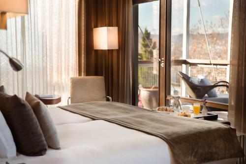 Premium Double Room Hotel Miramar Barcelona GL 10
